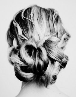 How to Create the Perfect Updo While Wearing Hair Extensions