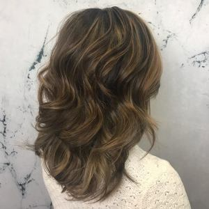 caramel-highlights-and-lowlights